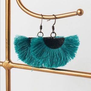 Boutique fan tassel earrings